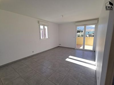 Appartement Borgo 2 pièce(s) 40.37 place de parking privative